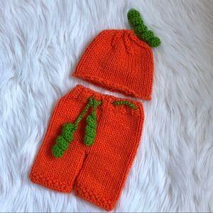 Knitted Pumpkin Costume for Newborn Photoshoot